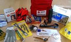 Essential Items For Your Car Emergency Kit (video)