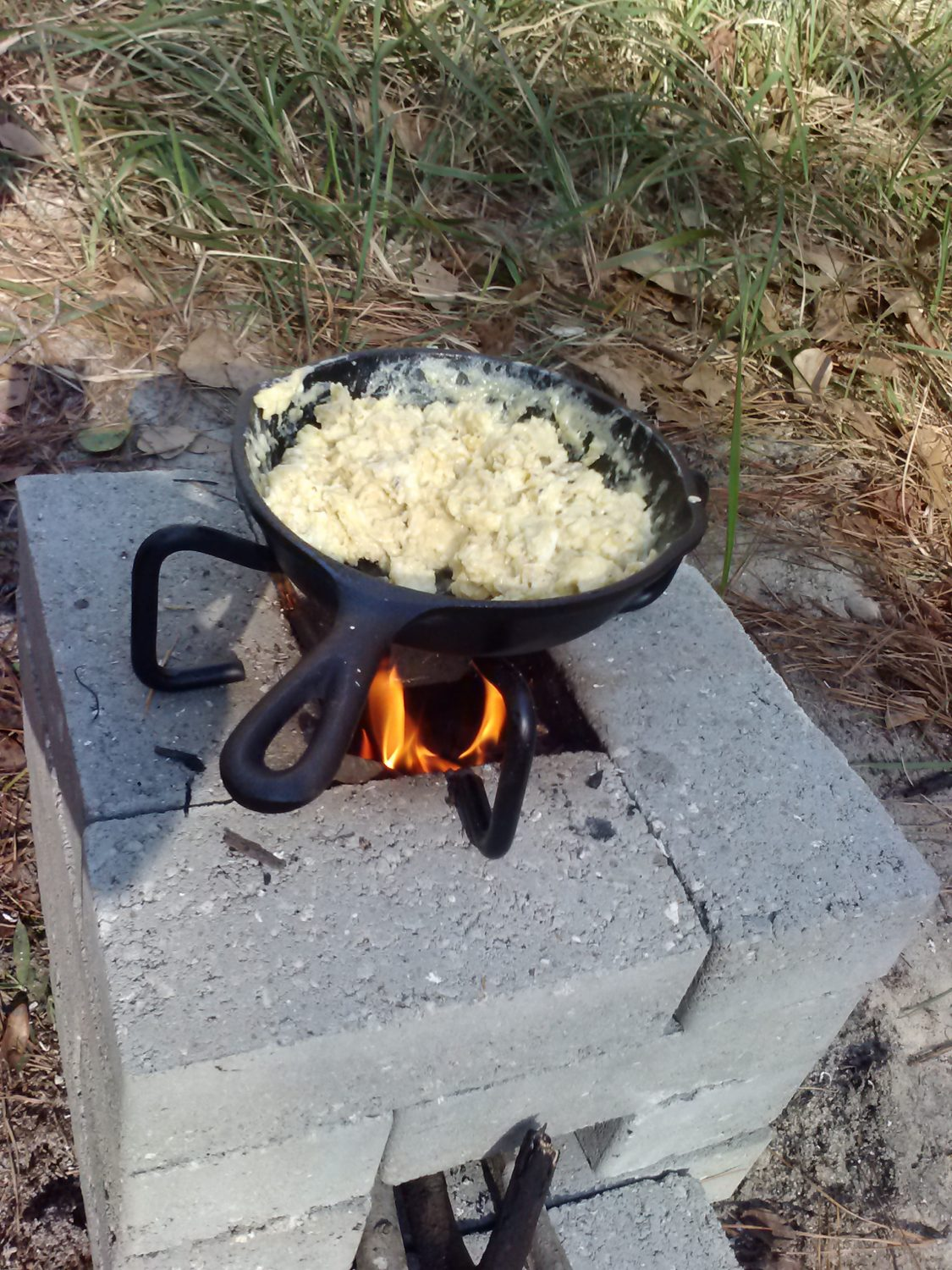 how to cook eggs on the stove