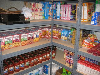 Survival Mom Tutorial: 3 Layers of Food Storage, Part 1 (VIDEO)